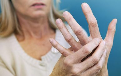Romatoid-Artrit-Tedavisi-Dr-Ceyhun-Nuri