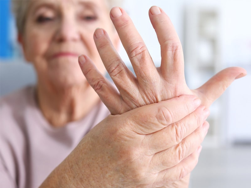 Romatoid-Artrit-Tedavisi-Dr-Ceyhun-Nuri-Klinigi